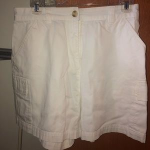 Tommy Hilfiger white long shorts. Size 10.